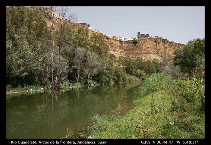 Rio Guadelete, Arcos de la Frontera, Andalucia, Spain 700